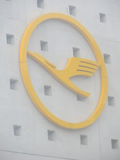 We were all in agreement that Lufthansa's crane in it's logo had a rockin' hairdo.