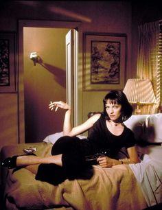 "Uma Thurman in a publicity photo for ""Pulp Fiction"" (Quentin Tarantino, 1994) pic.twitter.com/L9dbGEiv8d"