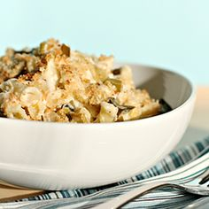 Mac and Cheese with Braised Leeks. Mac and cheese with braised leeks asiago and parmesan breadcrumbs Macaroni N Cheese Recipe, Macaroni And Cheese, Mac Cheese, Cheese Dishes, Milk Recipes, Cooking Recipes, Vegetarian Recipes, Cheese Recipes, Daily Meals