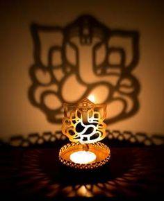TIRAKITA: Put up shadow lamp / ヒンドゥー Ganesha Ganesh corn incense India incense of the tea light candle; Lord Ganesha Paintings, Ganesha Art, Diwali Gift Hampers, Ganpati Bappa Wallpapers, Diya Lamp, Ganesh Lord, Ganesh Wallpaper, Shiva Linga, Pooja Room Door Design