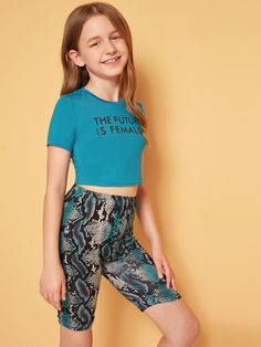 Girls Slogan Crop Top and Snakeskin Cycling Shorts Set - Source by - Outfits Niños, Teenage Outfits, Crop Top Outfits, Kids Outfits Girls, Girls Sports Clothes, Preteen Girls Fashion, Girls Fashion Clothes, Kids Fashion, Little Girl Models