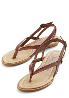 Camp Hardly Wait Sandal in Brown   Mod Retro Vintage Sandals   ModCloth.com