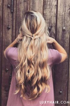 Simple pretty hairstyle on @abigailrosehair using Dirty Blonde Luxy Hair Extensions.