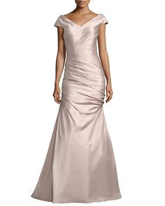 9981a0f5dd6 La Femme Sleeveless Ruched Satin Gown