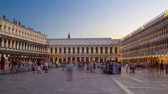 サン マルコ広場 / ベネチア (およびその周辺)旅行 エクスペディア