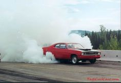 Plymouth Duster - big burnout