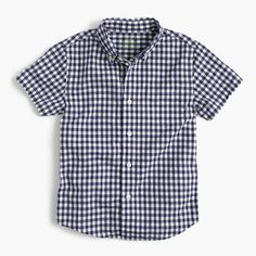 Just like Dad's Secret Wash shirts, this cotton plaid style is a year-round go-to. It's supersoft thanks to our top-secret wash process (if we told you any more than that, it wouldn't be a secret!) and preshrunk for a perfect fit—so no surprises after the first cleaning. <ul><li>Cotton.</li><li>Button-down collar.</li><li>Chest pocket.</li><li>Machine wash.</li><li>Import.</li></ul>