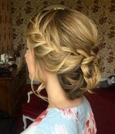 Messy updo with a braid wedding hairstyle inspiration #hair #hairupdo #hairstylistparis #hairandmakeupbysteph #hairstyle #hairstyles #updo #bridal #bridelhair #wedding #weddingmakeup #weddinginspiration