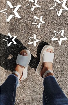 Footwear White platform espadrilles/ summer time shoe pattern 6 Steps to Tremendous Glossy Trendy Ha Crazy Shoes, Me Too Shoes, Summer Shoes, Summer Outfits, Casual Outfits, Summer Sandals, Espadrilles, Espadrille Sandals, Mode Shoes