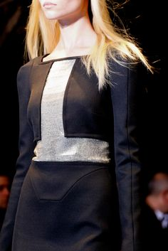 Versace F12 Details