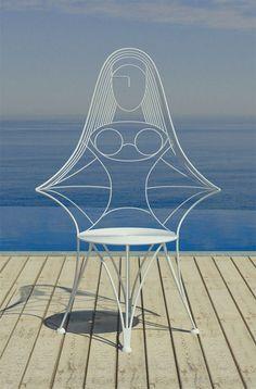 Cadeira leve e divertida de Karim Rashid.