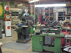 Home Shop Machinist Hall of Fame Workshop Studio, Home Workshop, Garage Workshop, Workshop Ideas, Home Shop Machinist, Bicycle Store, Cool Garages, Man Cave Garage, Metal Shop