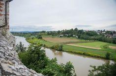 Chcą reaktywować przeprawę przez Wisłę w Tyńcu - Aktualności - LoveKraków.pl Golf Courses, River, Outdoor, Heart Rate, Outdoors, Outdoor Games, Outdoor Living, Rivers