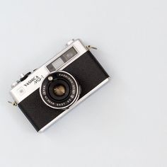 www.pixasquare.com #pixasquare #photography #webdesign #webstagram #dribbble #creative #followme #freebies #blog #blogger #instagood #webstagram #instadaily #topview #devices #retro #vintage by pixasquare