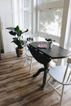 Small Space Solutions: Seattle Apartment Dining Area