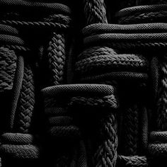 ☾ Midnight Dreams ☽ dreamy dramatic black and white photography - black texture Black Noir, Shades Of Black, Back To Black, Black And Grey, Color Black, Black Art, Yennefer Of Vengerberg, All Black Everything, Black Is Beautiful