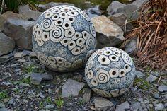 Simira - Keramická koule - modrá velká - atelier keramka