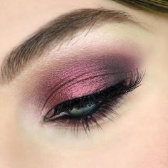 Beautiful look by @alynamakeup  Circle, Daphne N°2, Mimesis and Madreperla eyeshadows #NABLA #NablaCosmetics