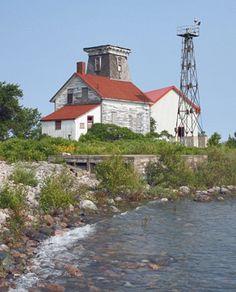 Hope Island Lighthouse, Ontario Canada at Lighthousefriends.com