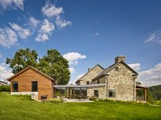 Modern Farmhouse Exteriors Design Ideas, Pictures, Remodel, and Decor - page 26