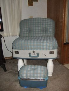 Vintage 1960's Wheary Suitcase Chair