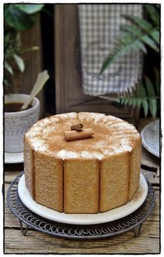 Tarta fria de queso con galletas de canela Dessert Sans Four, Condensed Milk Cake, Cupcake Cakes, Cupcakes, Brunch, Yummy Cakes, Vanilla Cake, Sweet Recipes, Food And Drink