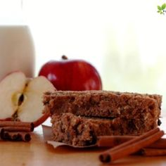Apple Cinnamon Breakfast Bar :: Be prepared for busy school mornings with these kid friendly breakfast bars! The perfect, nourishing breakfast on the go - or grab from freezer to lunchbox for quick packing! Super Healthy Kids, Healthy Meals For Kids, Healthy Treats, Kids Meals, Healthy Recipes, Oatmeal Breakfast Bars, Breakfast On The Go, Perfect Breakfast, Apple Recipes