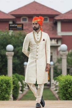 Get exclusive designer mens indowestern sherwani by Manawat. One of the best mens wedding indowestern sherwani collection. Get latest indowestern sherwani for groom Best Indian Wedding Dresses, Indian Wedding Poses, Indian Wedding Couple Photography, Wedding Couple Photos, Wedding Dress Men, Marriage Poses, Indian Groom Dress, Sherwani For Men Wedding, Indian Men Fashion