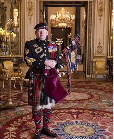 The Queen's Piper, Pipe Major Scott Methven from the Argyll and Sutherland Highlanders, Royal Regiment of Scotland.