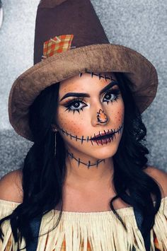 Are you looking for ideas for your Halloween make-up? Browse around this site for scary Halloween makeup looks. : Are you looking for ideas for your Halloween make-up? Browse around this site for scary Halloween makeup looks. Halloween Costumes Scarecrow, Scarecrow Makeup, Cute Halloween Makeup, Halloween Makeup Looks, Scary Halloween, Halloween 2019, Diy Halloween Costumes For Women, Scarecrow Face Paint, Scary Costumes