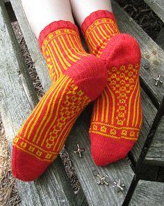 Roll the Bones socks. Intriguing pattern!