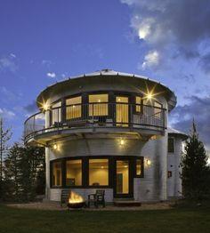 Architect Hank Louis