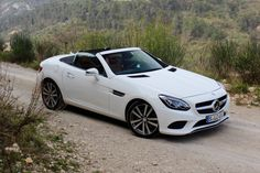 Mercedes-Benz boss Dieter Zetsche revealed to media during last month's 2017 Geneva auto show that the automaker would be pruning back the number of specialty cars it currently offers, namely coupe and convertibles. Zetsche said Mercedes would continue to offer multiple specialty cars but not…