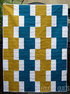 Modern Day Quilt This is so pretty!  I may have to try it