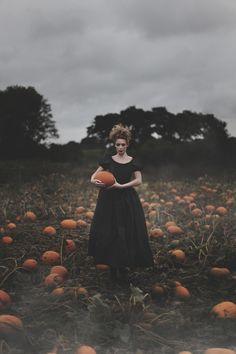 halloween photoshoot forestlore: (via Forever Autumn