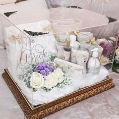 Wedding Hamper, Wedding Gift Baskets, Wedding Gift Boxes, Wedding Crafts, Diy Wedding, Wedding Decorations, Bridal Gift Wrapping Ideas, Wedding Preparation, Engagement Gifts