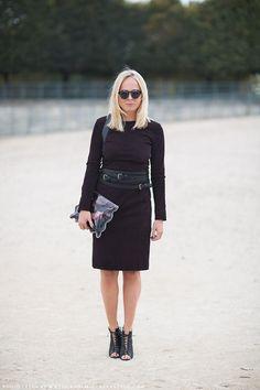 Belt, sunnies, shoes. Carolines Mode | StockholmStreetStyle