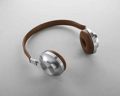 These AEDLE Headphones. The sleek French design, matched with some serious sound quality, makes the Aedle Headphones an ideal gift for anyone who loves music. Office Gadgets, Spy Gadgets, High Tech Gadgets, Gadgets And Gizmos, Kids Gadgets, Music Gadgets, Computer Gadgets, Cooking Gadgets, Travel Gadgets
