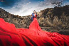 The Creative Eye Production Pre Wedding Shoot Ideas, Pre Wedding Poses, Wedding Couple Photos, Wedding Couple Poses Photography, Couple Photoshoot Poses, Beach Wedding Photos, Pre Wedding Photoshoot, Couple Portraits, Couple Shoot