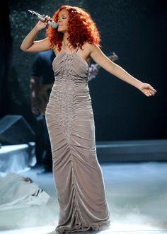 Rihanna - American Idol - 2011