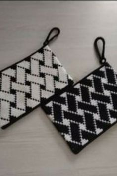# wayuuçanta # wayuuportföy - My CMS Tapestry Crochet Patterns, Crochet Purse Patterns, Crochet Patterns Amigurumi, Diy Crochet Bag, Crochet Pouch, Beaded Purses, Beaded Bags, Crochet Handbags, Crochet Purses