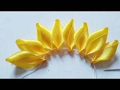Make Beautiful Ribbon Flowers With Patchwork - Diy Crafts - Marecipe - Make Beautiful Ribbon Flowers With Patchwork – Diy Crafts – Marecipe - Hand Embroidery Flower Designs, Ribbon Embroidery Tutorial, Ribbon Flower Tutorial, Bow Tutorial, Ribbon Art, Ribbon Crafts, Flower Crafts, Diy Crafts, Ribbon Rose