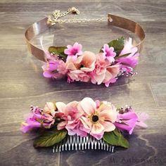 peinados con peinetas de flores - Buscar con Google