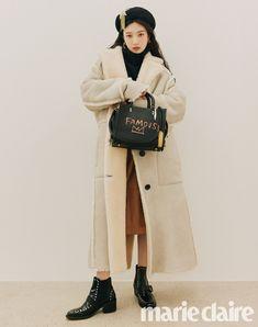Lulamulala (@Lulamulala) / Twitter Seulgi, Marie Claire, South Korean Girls, Korean Girl Groups, Nylons, Kpop Fashion, Fashion Outfits, Fasion, Red Velvet Photoshoot