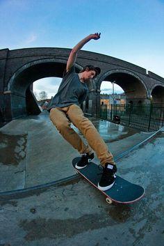 ♂ Outdoor sport skateboard