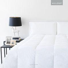 WOVEN White Down and Feather Blend Comforter, Oversized Queen MALOUF http://www.amazon.com/dp/B012PN4W3U/ref=cm_sw_r_pi_dp_DsyRwb08YPFBW
