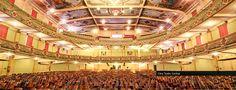A decoração interna do Cine-Teatro Central de Juiz de Fora (MG) foi autoria de Ângelo Biggi.