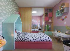 Quartinho com @amomooui e projeto da 2 Quartos Arquitetura que usou nossa roupa de cama P&B para criar contraste com as cores femininas e delicadas do quarto! #quartodemenina #decor #quartinhomoderno #kidsroom #bedroomdecor #roupadecamamoderna