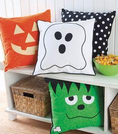 """18"""" Halloween Faced Pillow"""