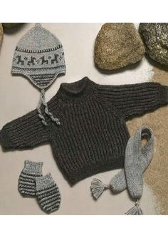 Strikkeopskrift patensweater, peruhue, vanter, tørklæde Fall Knitting, Knitting For Kids, Baby Knitting Patterns, Crochet For Kids, Crochet Baby, Knit Crochet, Baby Barn, Boys Sweaters, Kid Styles